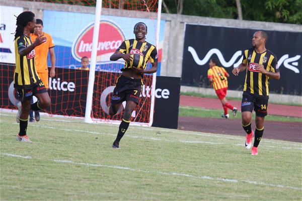 Moca Fc Se Estrena Con Primera Victoria 2-1 Sobre Inter Rd