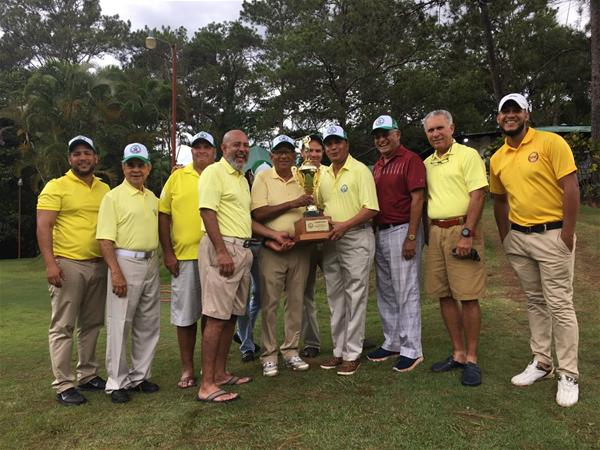 Asociación De Golf De La Vega Gana Copa Rotativa