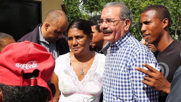 Danilo Medina Llama La Atención Sobre Situación Del Cea Con Titulación De Las Tierras
