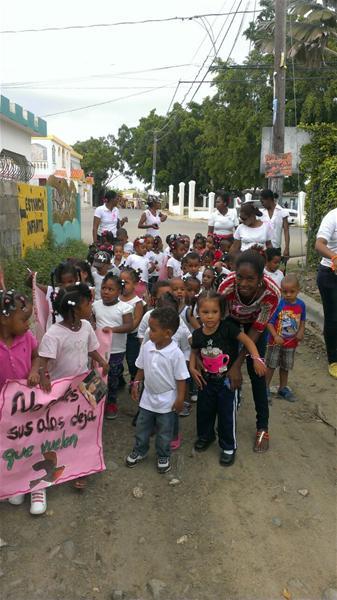 En Guardería Infantil Consuelo Realizan Marcha Contra La No Violencia