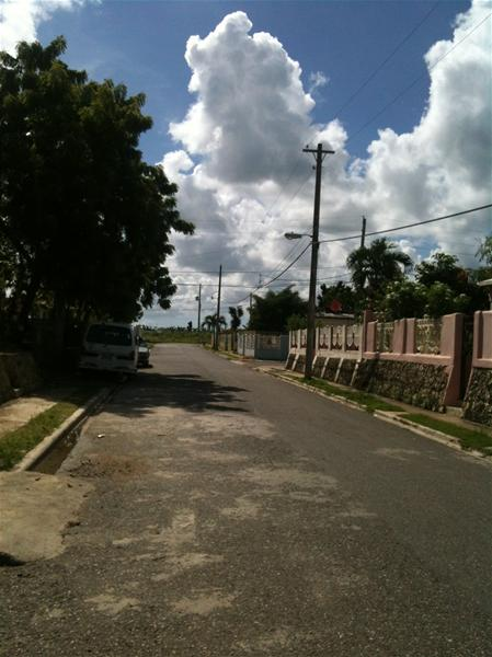 Residentes En Sueño Real Denuncian Robos En Ese Sector