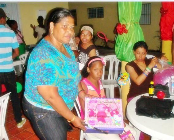 Fundación Divina Esperanza Realiza Fiesta A Niños Con Discapacidad