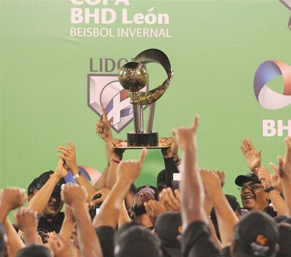 Gigantes Del Cibao Campeones, Derrotan 12-5 A Las Estrellas