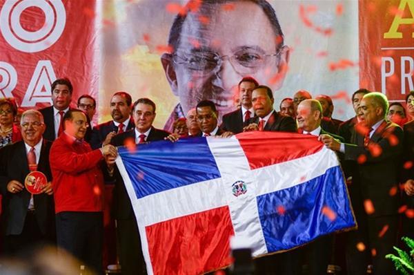 Reformistas Escogen A Quique Antún Como Candidato Presidencial