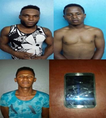 Policía Apresa A Tres Por Supuestamente Tener Celulares Robados