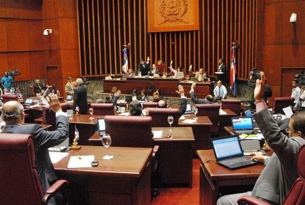 Senado Aprueba Ley De Reforma Constitucional