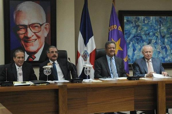 Comité Político Del Peledeista Se Reunirá Próximo Martes