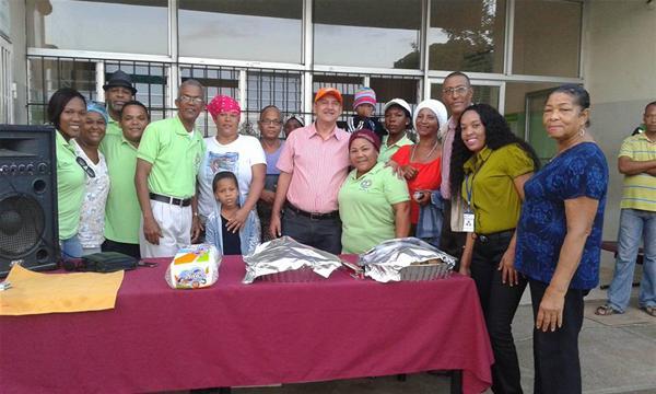En Hospital Municipal Ángel Ponce Reciben La Navidad