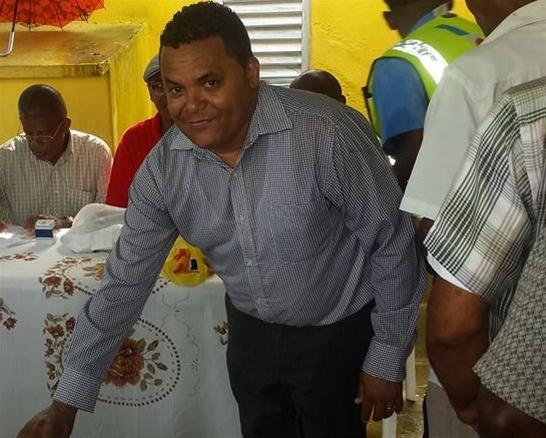 Manuel Santana Gana Elecciones Junta De Vecinos En La Habana
