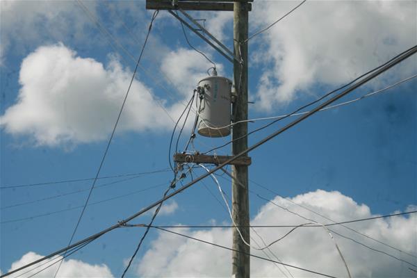 En Guamita Denuncian Problemas Con Cable Del Tendido Electrico