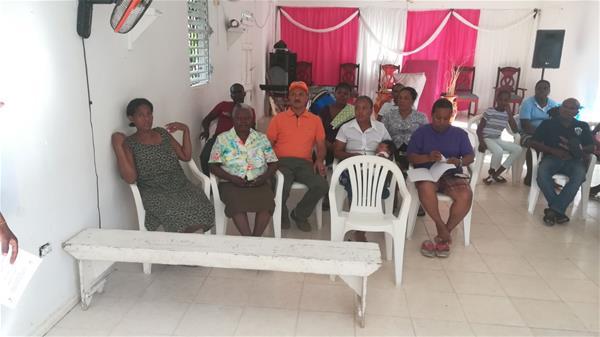 Residentes Del Barrio Los Jardines Realizan Asamblea