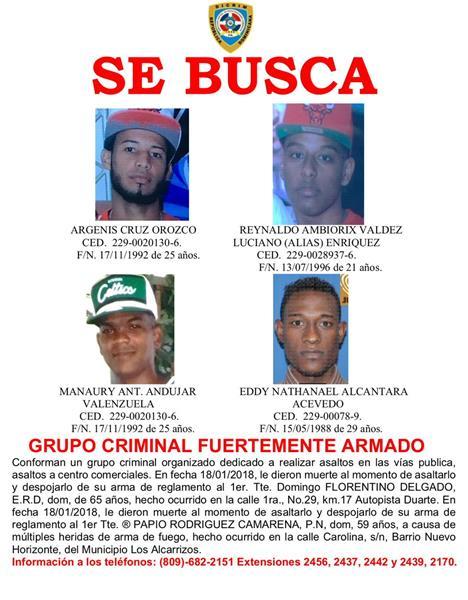 """Policía Busca Grupo """"Fuertemente Armado"""" Por Muerte De Agentes"""