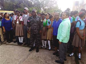 Policía Realiza Encuentro Con Estudiantes Liceo Astin Jacobo