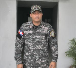 Posesionan Nuevo Inspector De La Policía Nacional En Consuelo