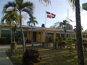 Ministerio De Educación Suspende Docencia