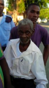 Encuentran Deambulando Anciano De 90 Años Desaparecido Desde Hace 5 Días