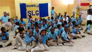 Escuela Sor Leonor Gibb Realiza Una Feria Del Libro
