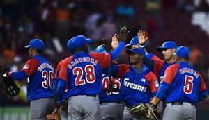Cuba Blanquea A República Dominicana En Serie Del Caribe
