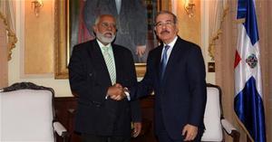 Presidente Colegio Medico Se Reune Con Danilo