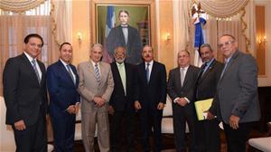 Gobierno Y Médicos Reanudan El Diálogo
